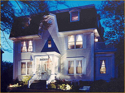 newport ri inns experience the finest inns in newport. Black Bedroom Furniture Sets. Home Design Ideas