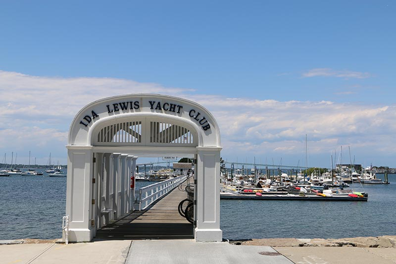 newport ri ocean drive begins at ida lewis yacht club