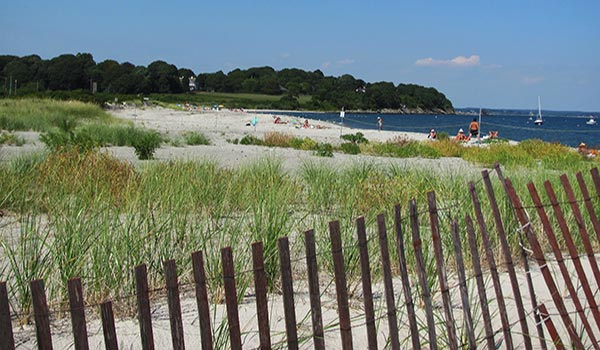 Third Beach In Middletown Ri Offers A Low Surf Perfect For Families With Young Kids