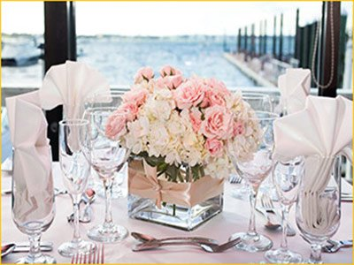 pier restaurant on the harborfront in Newport ri wedding receptions